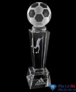 Cúp pha lê thê thao bóng đá thân vuông