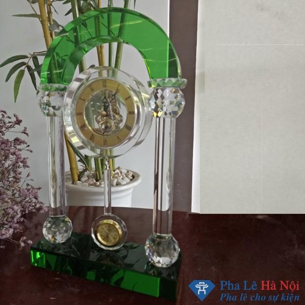IMG20170511093037 - Đồng Hồ Pha Lê Cổng Vòm xanh