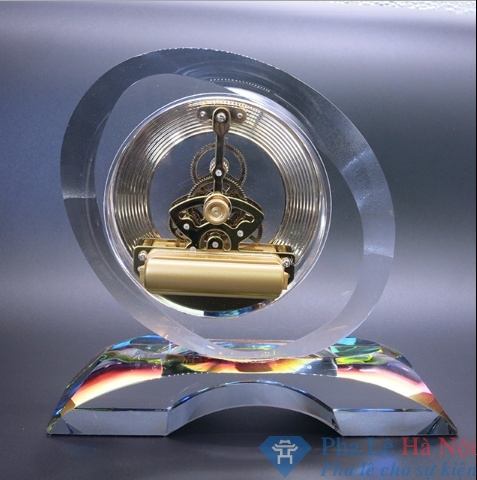 Hình ảnh đồng hồ pha lê