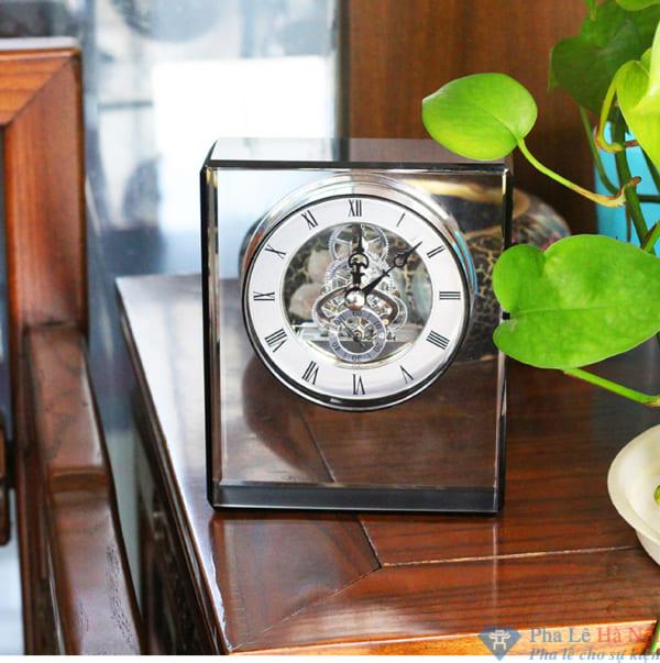 Đồng hồ pha lê 17