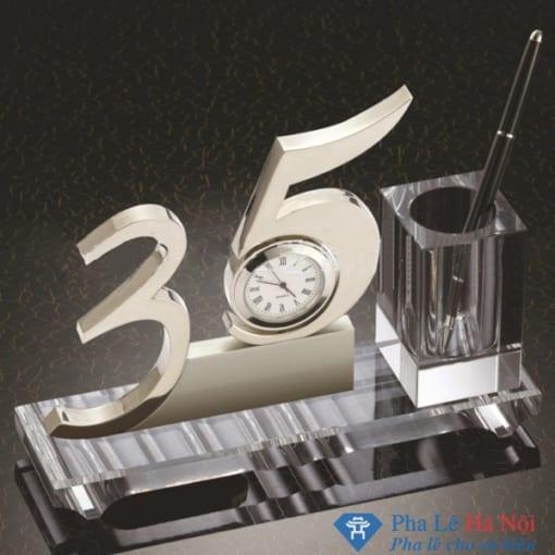 Bộ số pha lê để bàn 35 năm
