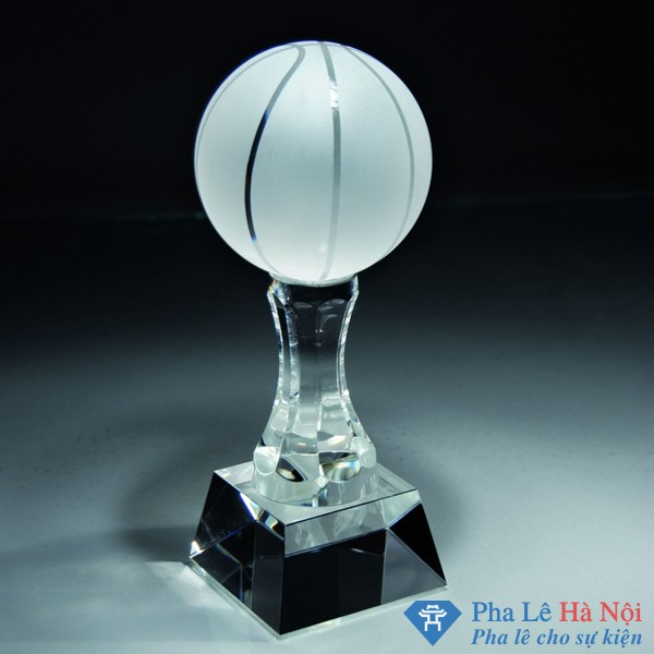 Cúp pha lê thể thao hình trái bóng rổ