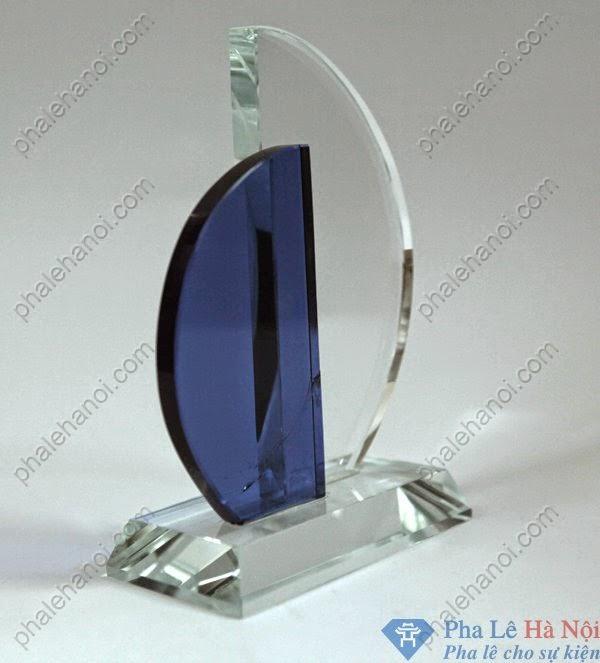 BieutrungphalecanhbuomdoixanhBTPL331 - Biểu trưng pha lê cánh buồm xanh