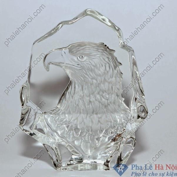 Phalecaocapban3D45 - Pha lê 3D Lõm Hình Đại Bàng