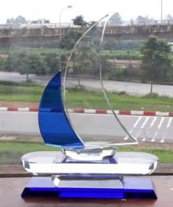 Biểu trưng pha lê thuyền buồm xanh
