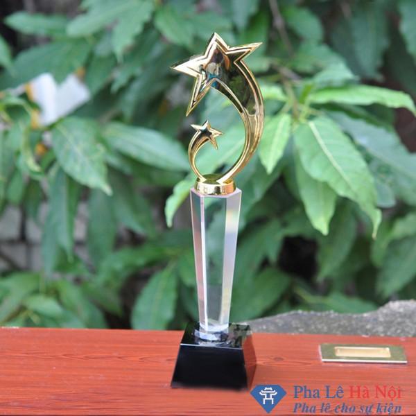 Bộ cúp pha lê vinh danh ngôi sao cong mạ vàng thân lục giác chân đen