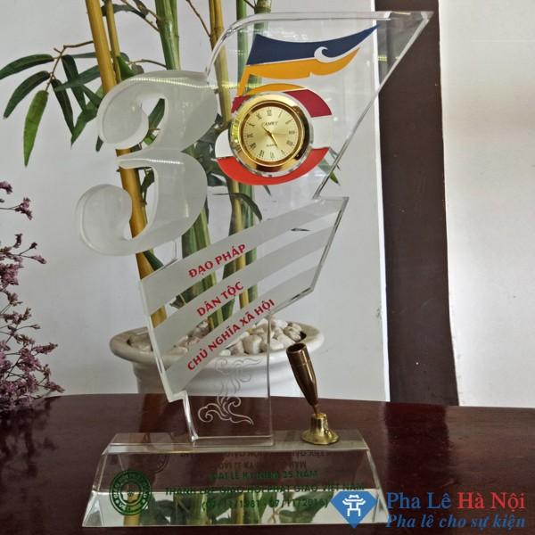Kỷ niệm chương pha lê 35 năm