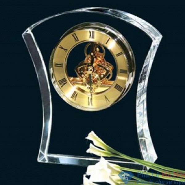 Đồng hồ pha lê bó mạ