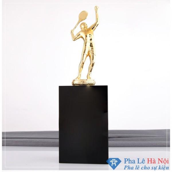 Cúp thể thao Tennis mạ vàng khối pha lê đen