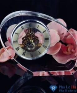 Đồng hồ pha lê hình quả xoài