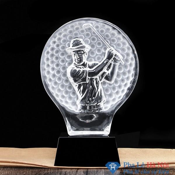 Cúp pha lê thể thao chiếc vợt hình người golf