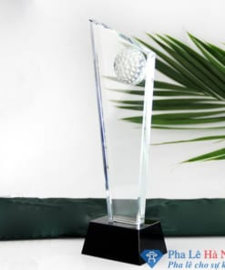 Cúp pha lê thể thao vát chéo đính trái golf