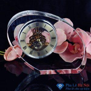 anh 2 300x300 - Lọ hoa pha lê tiệp số 63