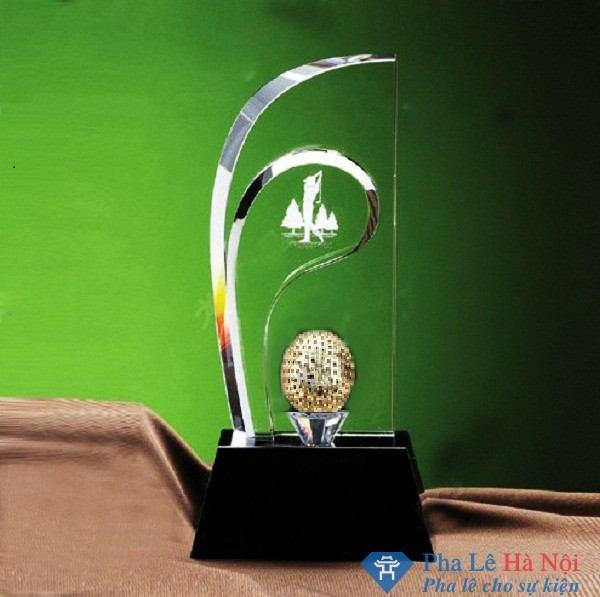 Chiếc kỷ niệm chương pha lê thể thao cách điệu hình gậy golf