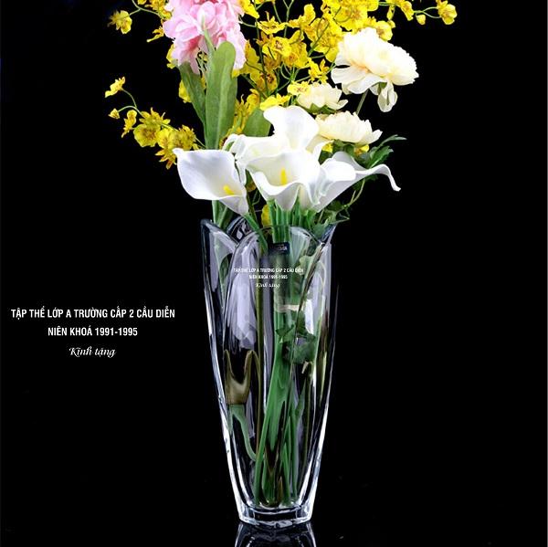 Lọ hoa pha lê tiệp 20/11 số 61