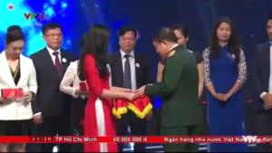 6a1a176001efe1b1b8fe 300x169 - Ngày 05/11/2018 cung cấp cho chương trình Trái TIm Cho Em 50 Kỷ niệm chương mặt nguyệt
