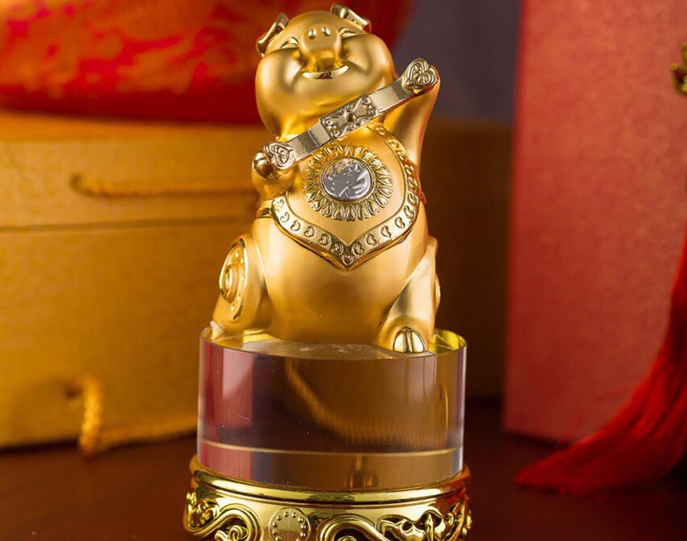 heo3 - Rước Tượng Heo Vàng, Rinh Rang Tài Lộc