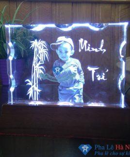 quà tặng pha lê 12 - Quà tặng pha lê độc đáo, sáng tạo in ảnh lên pha lê 3D