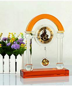 e8ea99551cbcfee2a7ad 247x296 - Đồng hồ pha lê cổng vòm vàng