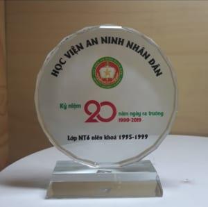 f52b432dd3e336bd6ff2 1 300x298 - Kỷ niệm chương mặt nguyệt cung cấp cho Học Viện An Ninh Nhân Dân số lượng 50 chiếc ngày 17/05/2019