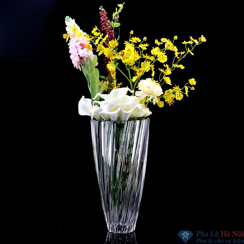 Lọ hoa pha lể