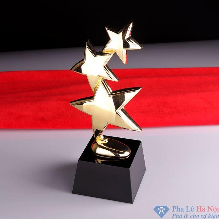 golf crystal trophies36107459323 - Cúp pha lê vinh danh dải sao vàng