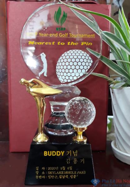 Cup golf pha lê 81