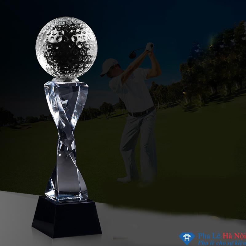 Cup golf pha lê 17